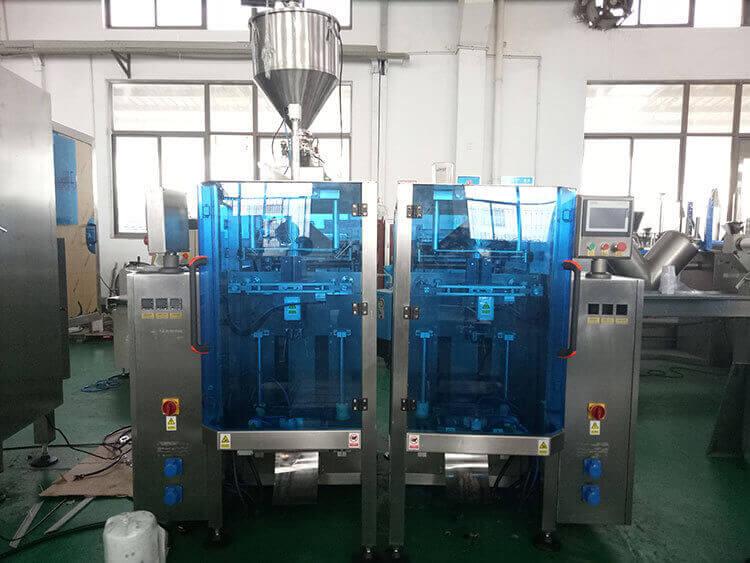 Vertical Liquid Form Fill Seal Machine